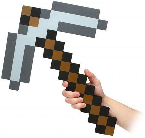 Как сделать кирку в Minecraft