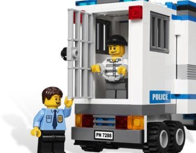 """Лего игра """"Полиция"""""""